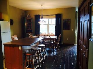 Charming 2 bed. 2 bath in the heart of whistler, Whistler