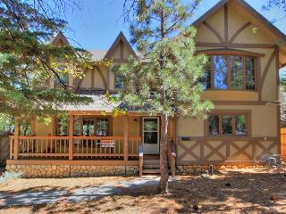 Cozy Bear Lair ($199 SPECIAL)  #1032, Big Bear City
