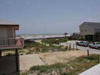 Rendezvous at this five bedroom Pirates Beach home only steps to the sand., Galveston