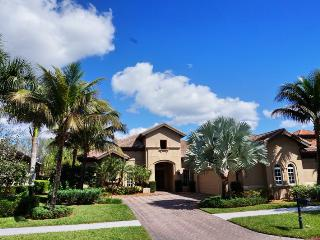 Luxurious 4 bedroom/3 bathroom Vacation Home at the Majors in Lely Resort, Naples