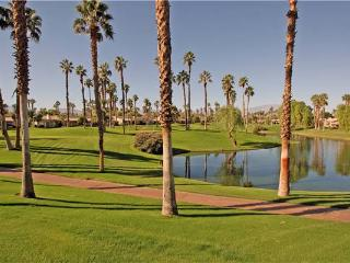 Fitness Membership! Nicely Decor-Palm Valley CC (VS956), Palm Desert