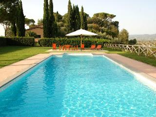 Sabina comfortable swimming pool villa, Rieti