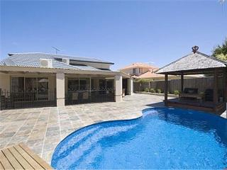 The Oasis Solar Heated Pool Internet 2 x platinum foxtel A/con, Joondalup