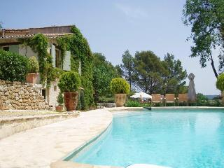 Superb Property in the Var, 12 pax, 5 bedrooms., Figanieres