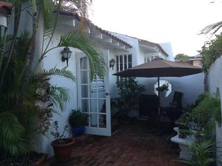 1 bedroom apartment in a charming  4 bedroom Mediterranean style villa, Saint James Parish