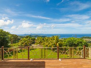 Liberty Villa-Best view of the Grenadines!, Kingstown