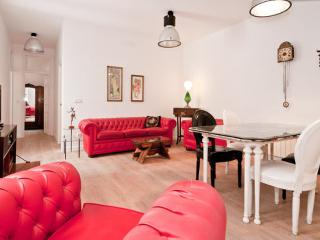 Plaza Mayor / Sol, Historic Center 3 Bedrooms Wifi, Madrid