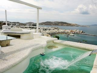 Princess-Mykonos Town villa with pool