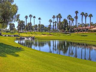 Palm Valley CC-(VY568) Great Location, Lovely Vacation Home!, Palm Desert
