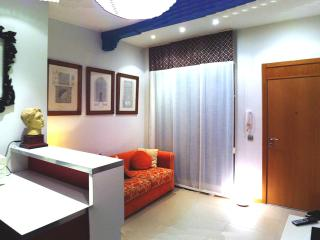[23] Charming apartment in the city centre, Seville