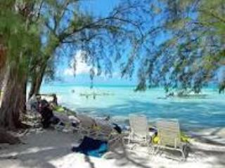 Brrrrrr!! Don't be cold, winter in Cayman Island, Old Man Bay