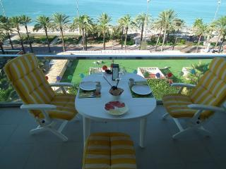 A16 Luxury 1st sealine flat, awesome views Somet, Playa de Palma