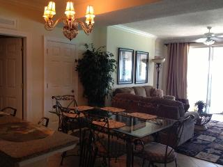 Beach Front Condo 4bed/4bath October Discounts, Alachua