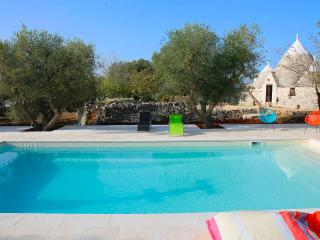 Trullo with swimming pool in Ostuni