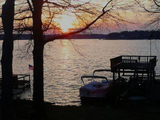 Vacation in Style on Beautiful Lake Wylie, Rock Hill