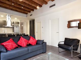 Upper Borne Apartment 4A, Barcelona