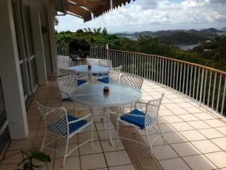Charming 4 Bedroom Home with Private Pool & Veranda ion St. Thomas, Charlotte Amalie