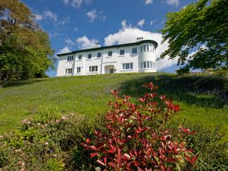 Blaven - 6 Bedroom House sleeps 13 in Oban