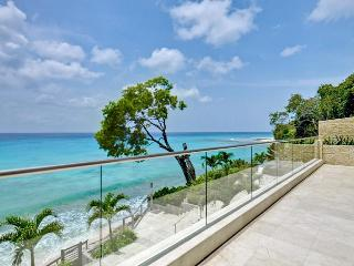 Award winning 3 bedroom beach front villa, direct beach access and private terrace with pool, Prospect