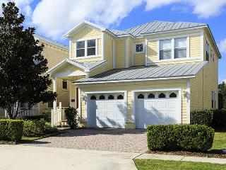 Fabulous 4 bedroom Reunion vacation home featuring gorgeous conservation views and pool area, Loughman