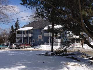 2 bed apt  near Jay Peak for the budget conscious, North Troy