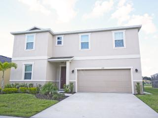(7CCS47BD31)Oversize Vacation Home in Kissimmee for Large Groups
