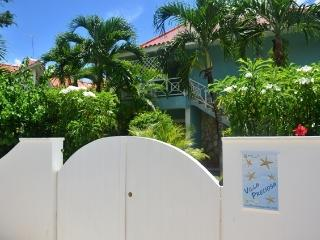 AFFORDABLE, FULLY EQUIPPED, 70m FROM THE BEACH -B3, Bayahibe