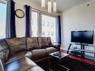 Glamorous Two Bedroom Suite 2, Montreal