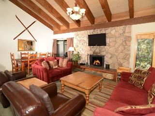 Fireside at Village 306 - Mammoth Village Rental, Mammoth Lakes