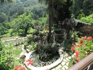 Nice Apartment With Amazing Terrace and Garden, Piran