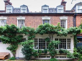 Lovely Mews House in SW3, Chelsea near the Kings Road, London