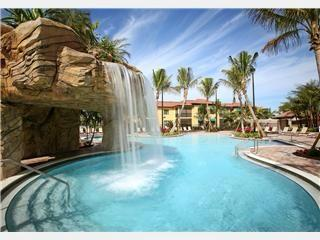 Naples Bay Resort 2BR 2BA Pool view