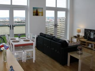 Luxury 2 Bedroom Penthouse in Belfast city.