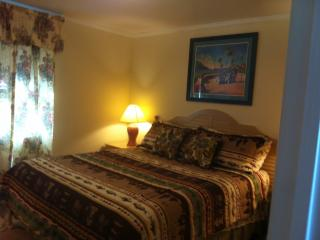 Pinecone Beachside Vacational Rental-3, Biloxi