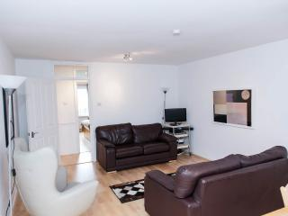 Lovely 2 bed flat central Bath