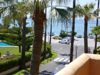 Apartment 80 m from the beach, Marbella