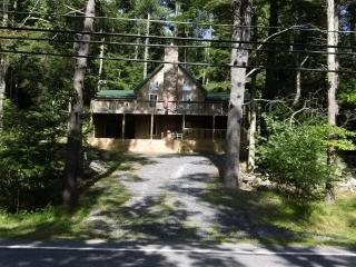 Brodhead Creek Fishing Shack, Canadensis