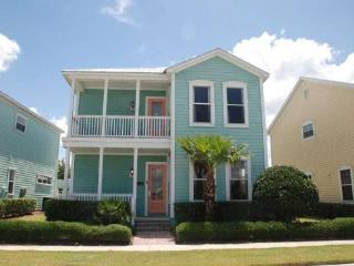 Fantastic 4 bedroom Reunion Resort vacation rental with private pool and spa close to all Reunion amenities and Disney, Loughman