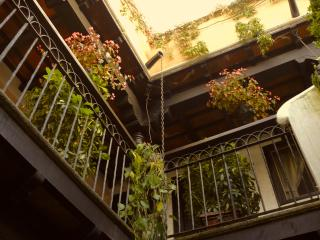 Apartment fully equipped n' furnished, near center, Antígua