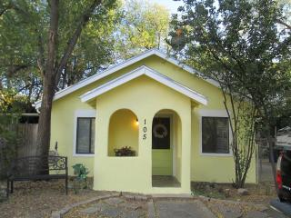 The Little French Cottage, Historic Down Town Home, Prescott