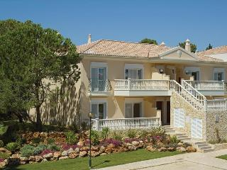 1 Bedroom Apartment in a Resort with Pools, Tennis Court and Golf, near the Beach - QUINTA DO LAGO -, Quinta do Lago