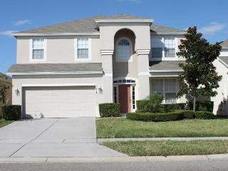 6 Bedroom home with themed bedrooms,private pool, games room- 3 miles to Disney, Four Corners