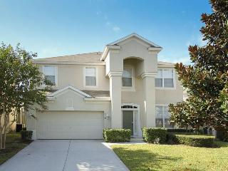 Magnificent 6 bedroom home located 2 miles from Disney offers a private pool and spa, Four Corners