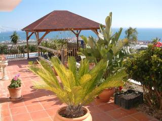 2 Bedroom Villa with Private Pool Stunning Views, Torrox