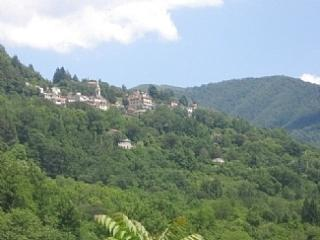 Rustic Home, Lovely Yard, Peaceful Location, Genua