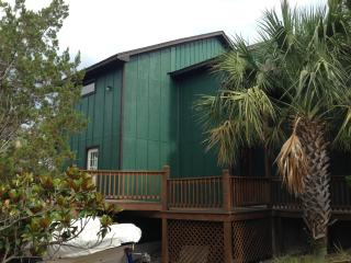 3 Story Tree House on the North Shore of Lake Travis, Point Venture