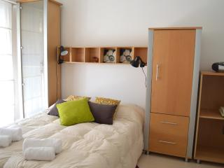 Nice Sunny Studio FAST WiFI 10M!, Buenos Aires