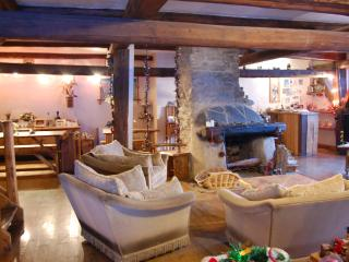 Catered chalet in french alpes/From £299pp BookNow, Montalbert