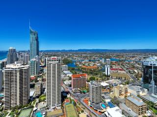 H Residents Luxury Apartment 2-2301, Surfers Paradise