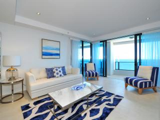 Soul Luxury 2 Bedroom + Study  Level 43, Surfers Paradise